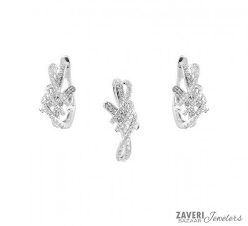 Fancy Diamond Pendant Set 18k Gold