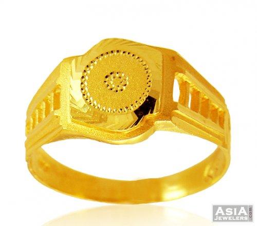 22K Mens fancy gold Ring AjRi 22K Gold Men s ring with